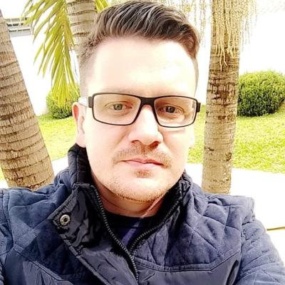 Professor Leonel