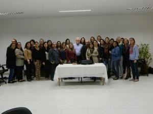Cursistas e instrutores em uma foto coletiva