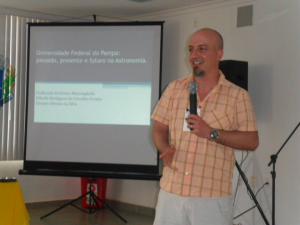 Professor Guilherme Marranguello