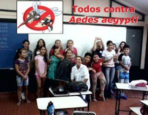 Alunos da turma 5°B, da turma do quinto ano do ensino fundamental da E.E.E.M João Pedro Nunes, juntamente com a bolsista ID no decorrer da palestra.