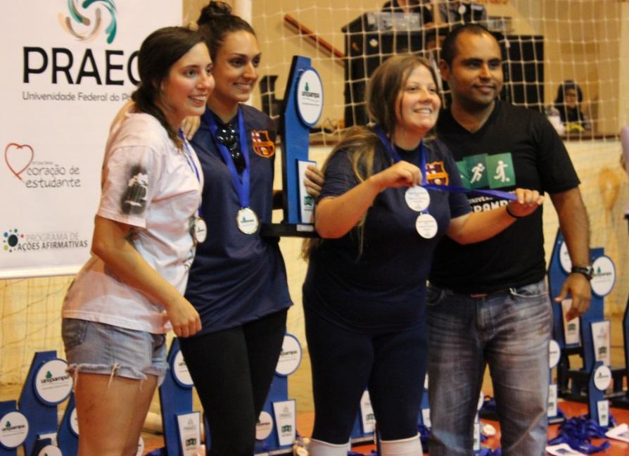 Basquete 3x3 feminino - campeã - Campus Uruguaiana