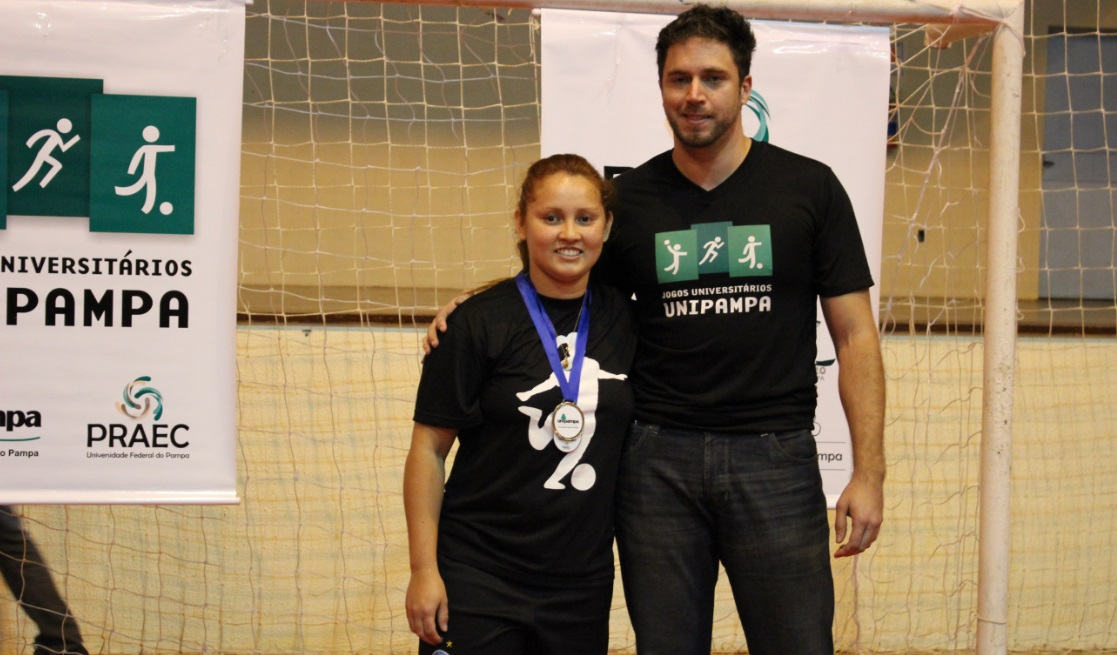 Futsal feminino - atleta destaque - Édina Renata Menine Viana - Campus Alegrete