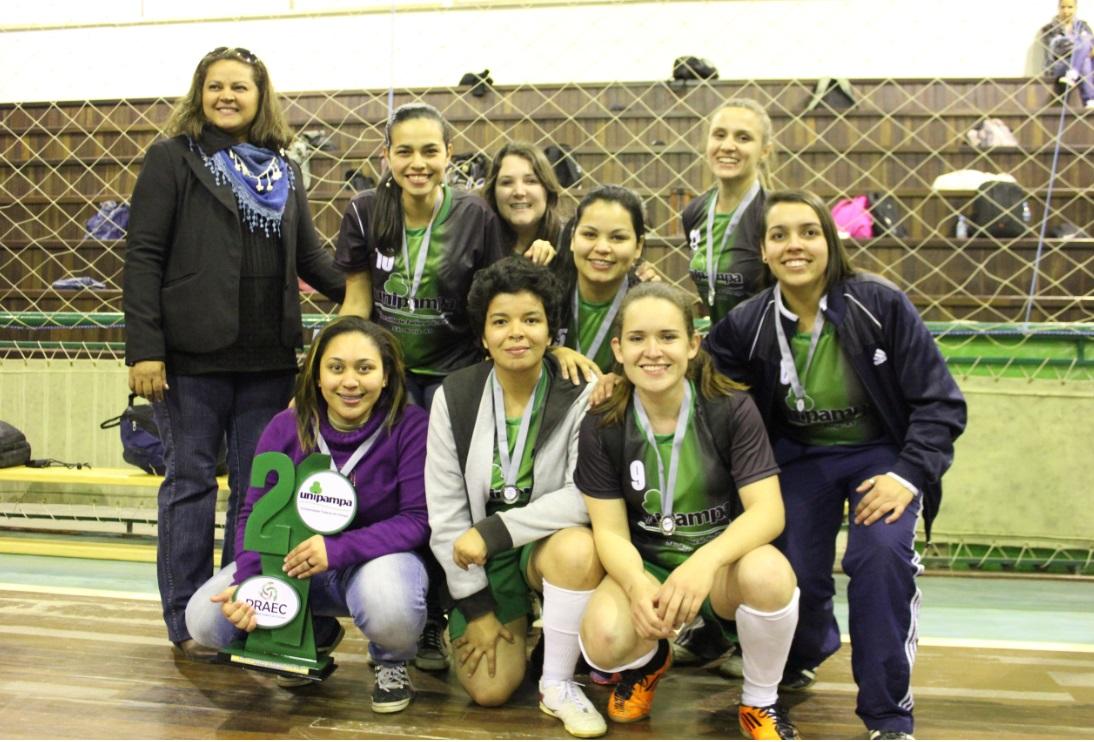 Futsal feminino - vice-campeã - Campus São Borja