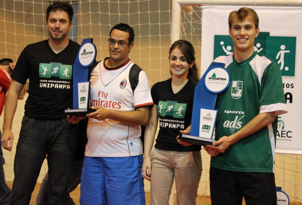 Tênis de mesa duplas masculino - campeões - Luan e Fabiano - Campus Bagé