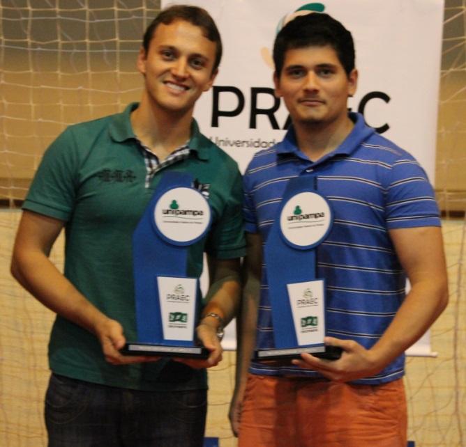Tênis de mesa duplas masculino - vice-campeões - Jandir e Adriano - Campus Caçapava do Sul