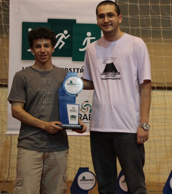 Tênis de mesa simples masculino - vice-campeão - Lucas Oliveira de Andrades - Campus Uruguaiana
