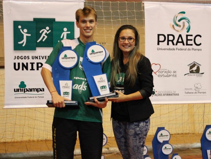 Tênis de mesa sinmples masculino - campeão - Luan Schafranski - Campus Bagé