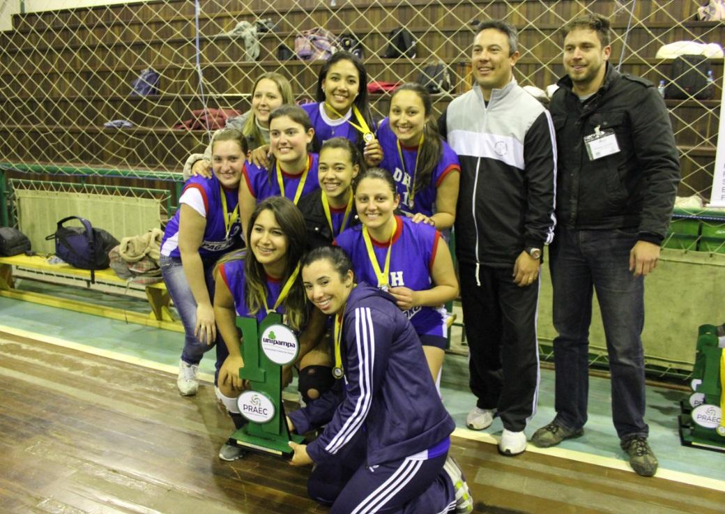 Vôlei feminino - campeã - Campus Uruguaiana