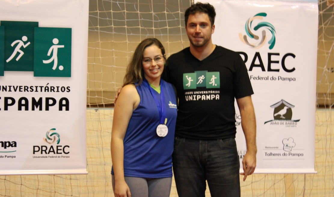 Voleibol Feminino - Giani de Vargas Brião - Melhor defensora - Campus Bagé