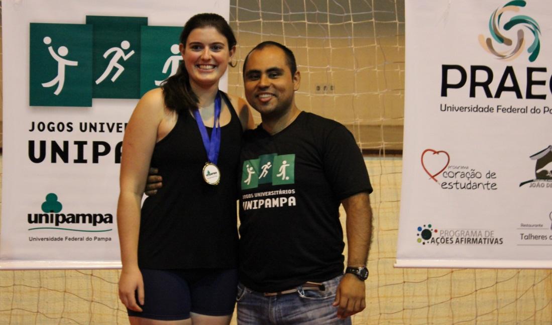 Voleibol feminino - Melhor atacante - Diana Tonellotto Jalowitzhi - Campus Uruguaiana