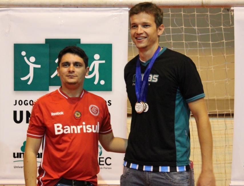 Voleibol masculino - Maique da Costa marques - melhor defensor - Campus Caçapava do Sul