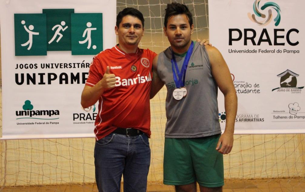 Voleibol masculino - melhor sacador - Jacson Francisco Moraes Prestes - Campus São Borja